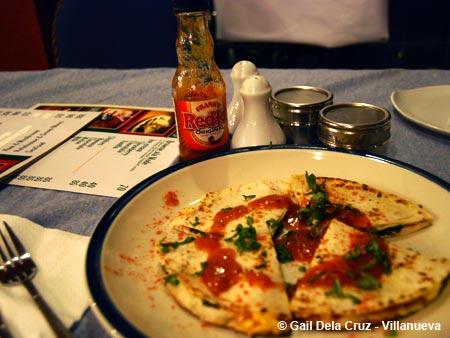 Leona's Art Restaurant, Quesadilla